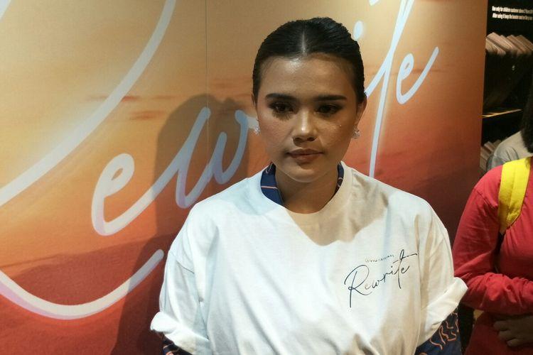 Artis peran Audi Marissa dalam jumpa pers di Pacific Place, kawasan SCBD,  Jakarta Selatan, Rabu (15/5/2019).