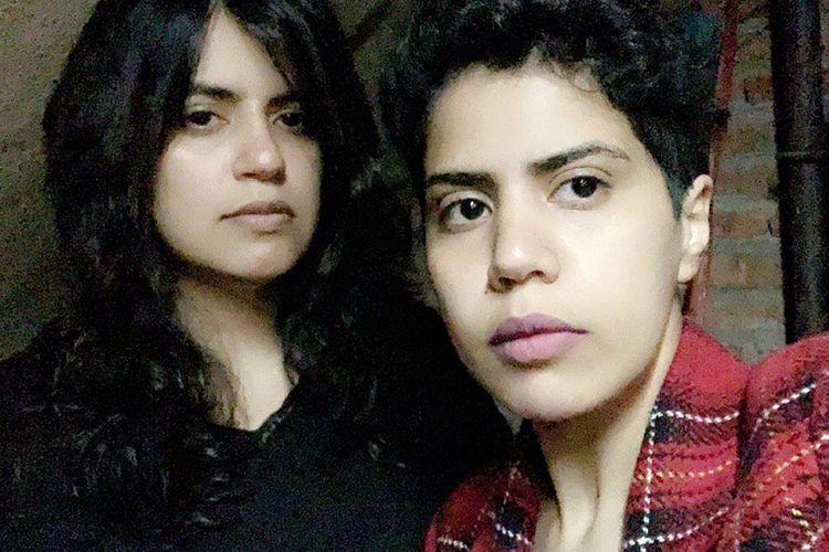Foto yang diunggah akun @GeorgiaSisters, yang mengaku sebagai Maha dan Wafa Alsubaie, dua perempuan Arab Saudi yang kabur dari negaranya dan kini terjebak di Georgia.