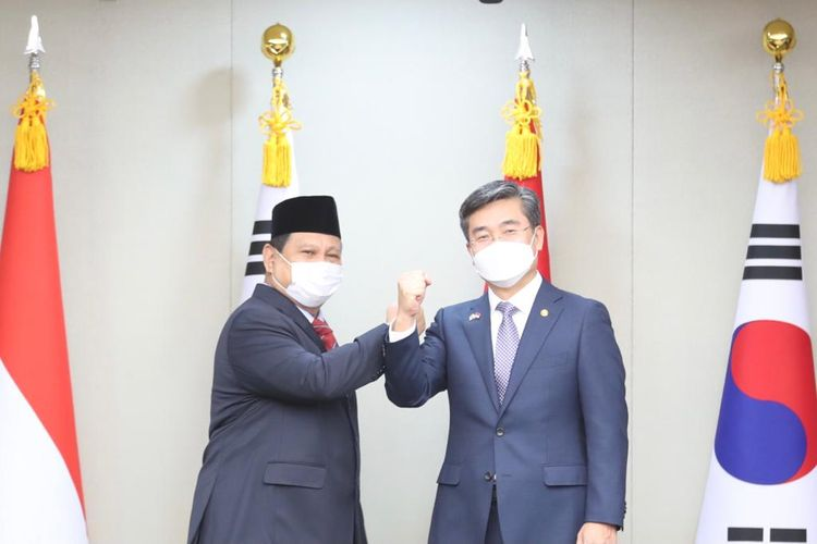 Menteri Pertahanan Prabowo Subianto menggelar pertemuan dengan Menteri Pertahanan Korea Selatan Suh Wook di Seoul, Korea Selatan, Kamis (8/4/2021).