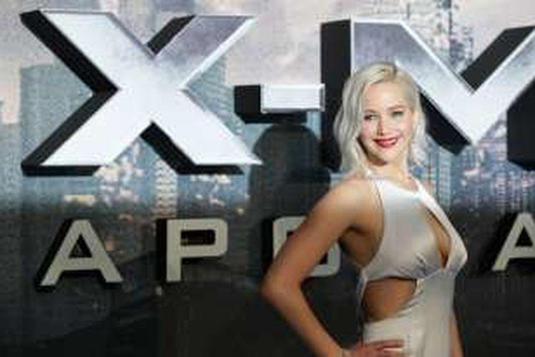 Jennifer Lawrence menghadiri penayangan perdana film X-Men Apocalypse di London, Inggris, Senin (9/5/2016).