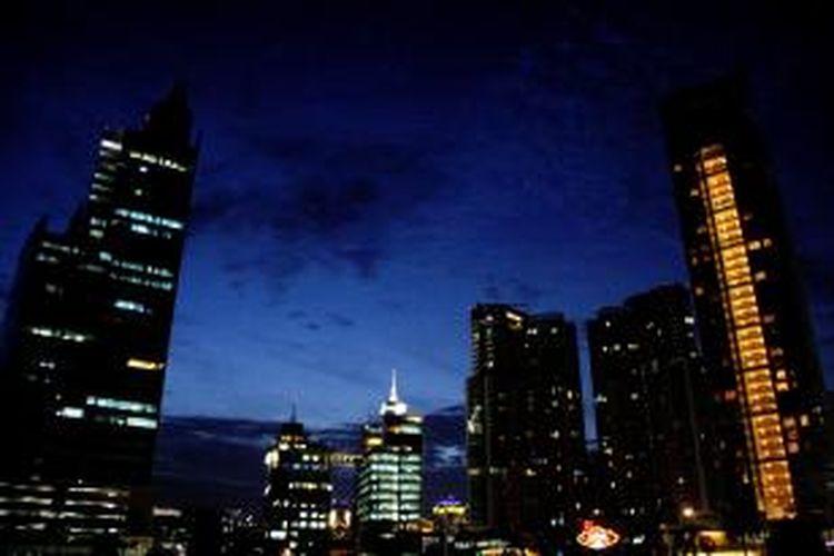Gedung perkantoran di kawasan Mega Kuningan, Jakarta.