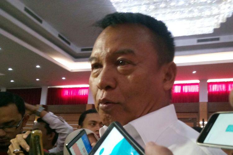 Calon Gubernur Jabar, TB Hasanuddin seusai silaturahmi dengan Forum Kerukunan Umat Beragama (FKUB).