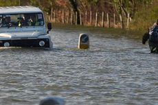 Bantu Korban Banjir, Pangeran William dan Harry Angkut Karung Pasir