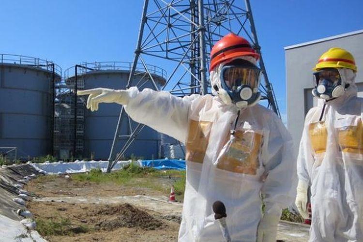 Pemerintah Jepang membutuhkan biaya hampir Rp 6 triliun untuk menyelesaikan masalah kebocoran radioaktif PLTN Fukushima.