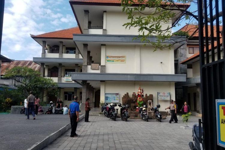 Proyektor hingga laptop di sekolah dasar (SD) 14 Dangin Puri, Denpasar dicuri.