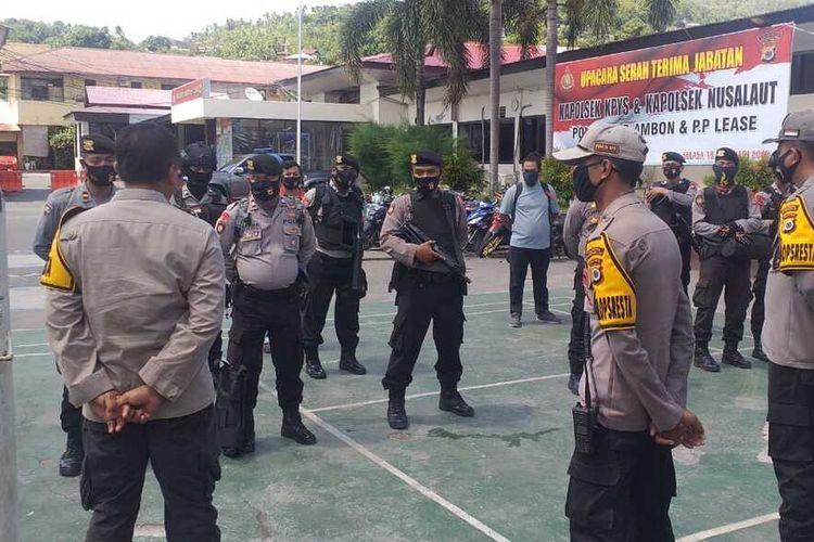 Sebanyak 200 personel Polresta Pulau AMbon dan Pulau-Pulau Lease mengikuti apel pergerakan pasukan dalam rangka pengamanan perayaan HUT RMS 25 April yang berlangsung di Mapolresta Pulau AMbon, Rabu (22/4/2020)