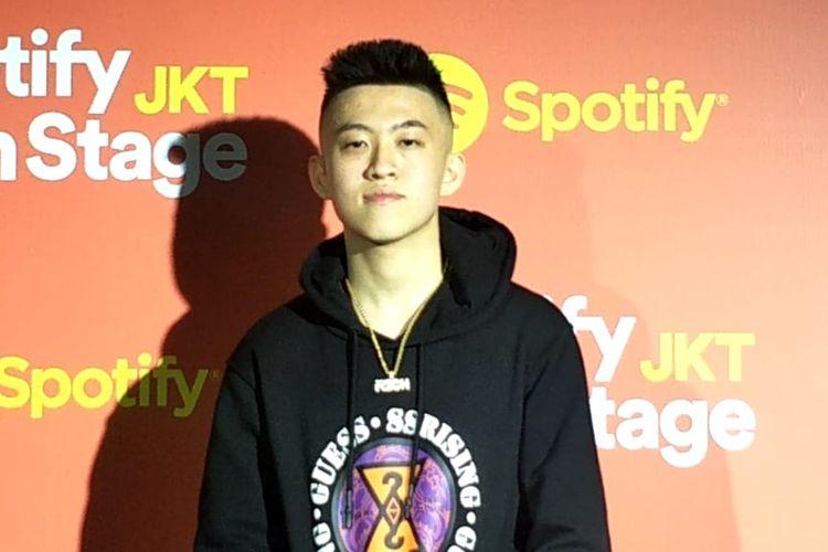 Rich Brian dalam jumpa pers Spotify On Stage di Hotel Grand Mercure, Kemayoran, Jakarta Pusat, Jumat (4/10/2019).