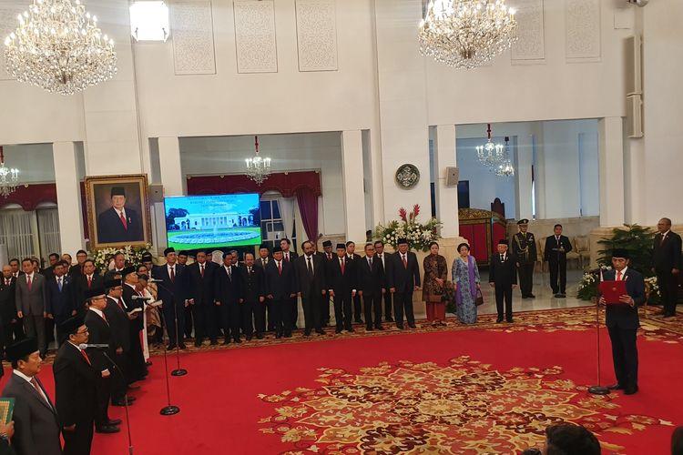 Presiden Joko Widodo melantik 12 orang wakil menteri yang telah ia perkenalkan ke publik. Pelantikan berlangsung di Istana Negara, Jakarta, Jumat (25/10/2019).