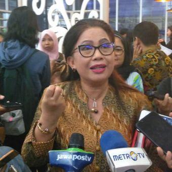 Deputi bidang perlindungan hak perempuan Kementerian Perempuan dan Perlindungan Anak (KPPA) Vennetia Danes di kantor KPPA, Jakarta Pusat, Jumat (22/2/2019).