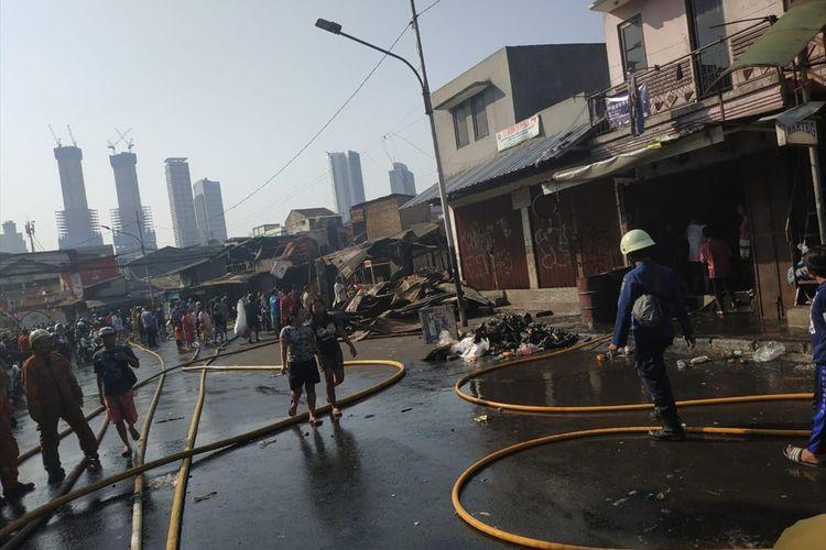 Kebakaran di Tanah Abang Hanguskan 66 Bangunan, Dua Orang
