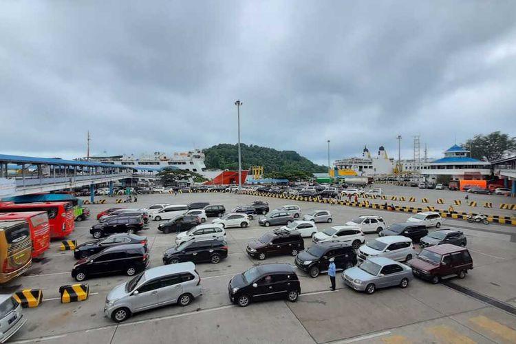 Pelabuhan Merak tak layani penyebrangan orang pada arus mudik tahun 2021