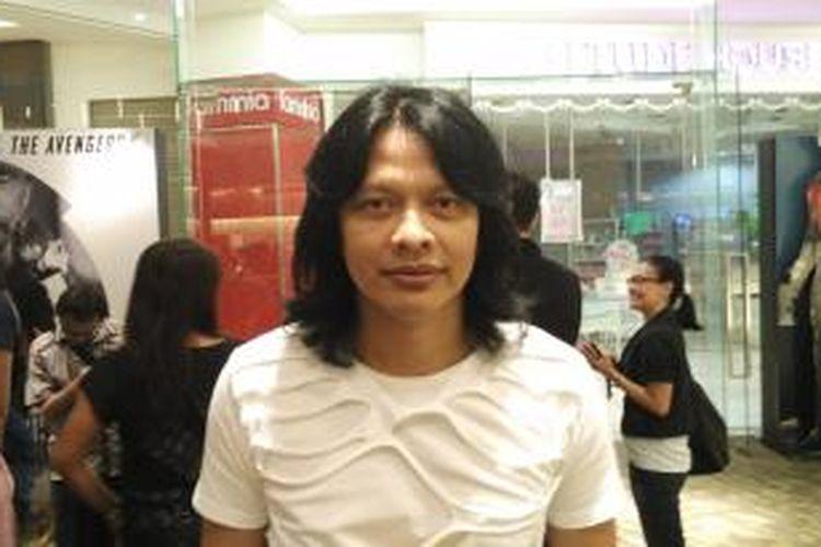 Armand Maulana diabadikan saat dijumpai di XXI Mall Kota Kasablanka, Jakarta Selatan, Rabu (15/7/2015).