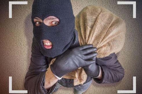 Pemilik Rumah di Kamar, Pencuri Nekat Ambil 2 Ponsel di Pejaten Barat