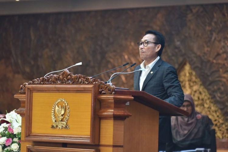 Ketua Komisi III DPR RI Herman Hery dalam Rapat Paripurna DPR RI Masa Persidangan I Tahun Sidang 2019-2020 di Gedung Nusantara II, Jakarta, Kamis (31/10/2019)