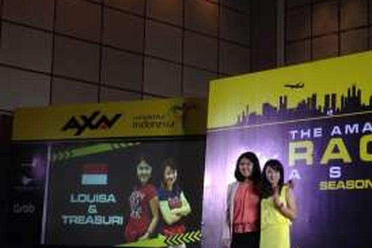 Perwakilan tim asal Indonesia yang akan tampil The Amazing Race Asia (TARA) Season 5, yakni Louisa dan Treasuri dalam acara pengumuman TARA di Jakarta, Kamis (28/6/2016).