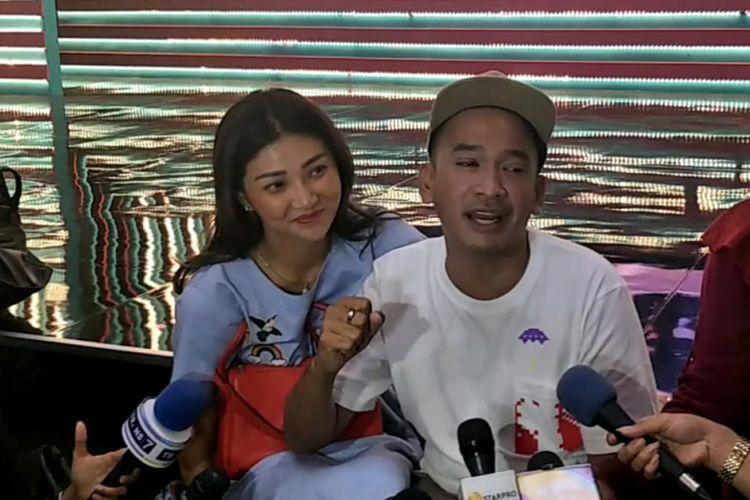 Ruben Onsu dan Sarwendah saat ditemui di Mall Ciputra, Grogol, Jakarta Barat, Senin (22/10/2018).