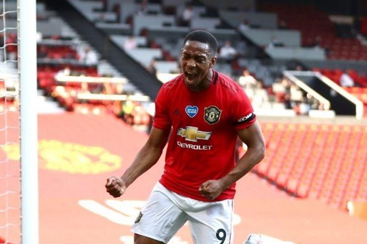Anthony Martial merayakan gol dalam laga Manchester United vs Sheffield United pada lanjutan pekan ke-31 Liga Inggris yang digelar di Stadion Old Trafford, Kamis (25/6/2020) dini hari WIB.