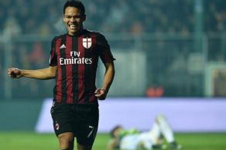 Penyerang AC Milan, Carlos Bacca.