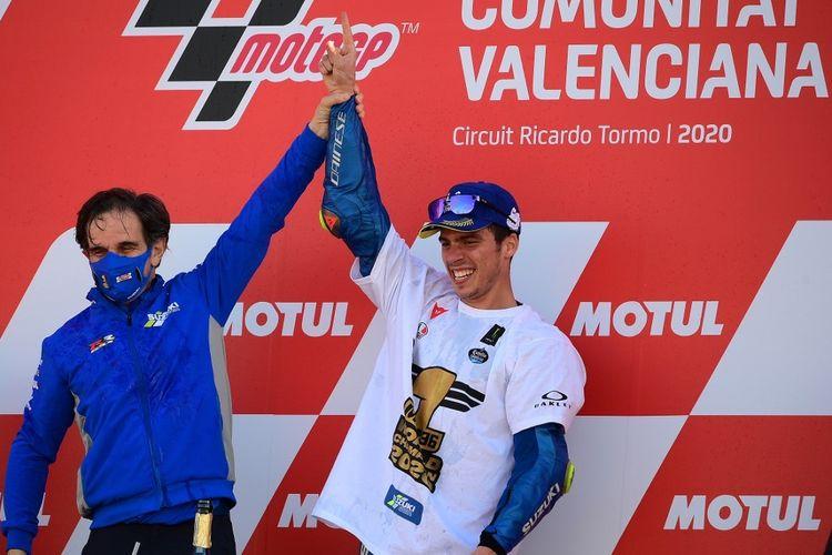 Joan Mir meraih gelar juara dunia MotoGP 2020 saat balapan di MotoGP Valencia. (Photo by LLUIS GENE / AFP)