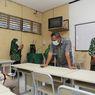 Koperasi Sekolah di Surabaya Kembalikan Uang Siswa MBR yang Telanjur Beli Seragam
