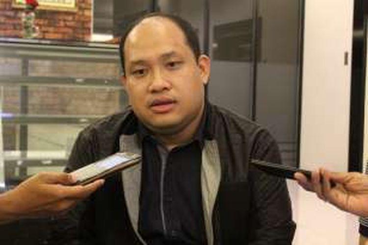 Bupati Banyuasin, Sumatera Selatan, Yan Anto Ferdian saat diwawancarai sejumlah wartawan