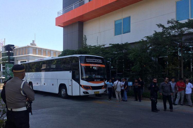 Bus Persija Jakarta ke kandang PSM Makassar dalam leg kedua final Piala Indonesia (6/8/2019).