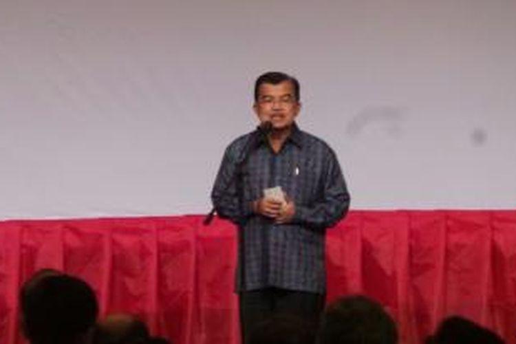 Wapres Jusuf Kalla saat menutup Mesrenbagnas, di Jakarta, Kamis (18/12/2014)