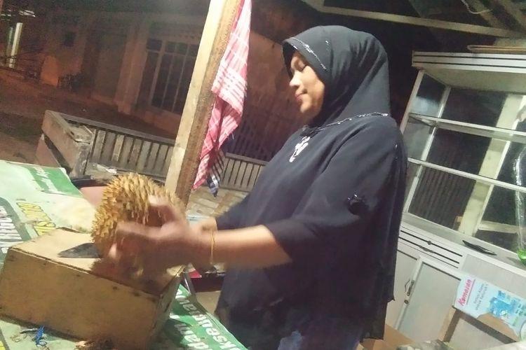 Durian Musang King di Desa Kandang, Kecamatan Muara Dua, Kota Lhokseumawe, Senin (14/10/2019) malam