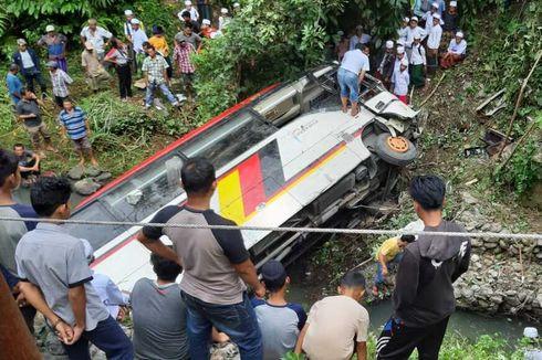 Tragedi Kecelakaan Bus Rombongan ASN Terjun ke Sungai, 2 Kepala Dinas Tewas