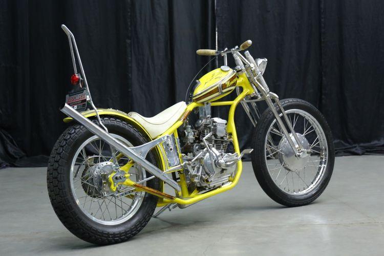 Yamaha Scorpio bergaya chopper bobber garapan Boneng Custombre