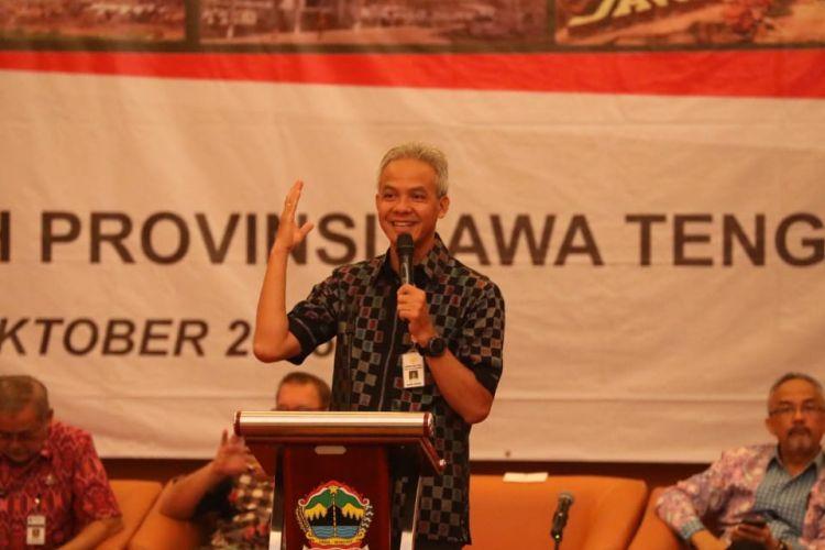 Gubernur Jawa Tengah Ganjar Pranowo pada Musrenbang Rancangan Rencana Pembangunan Jangka Menengah Daerah (RPJMD) Provinsi Jateng tahun 2018-2023 di Magelang, Selasa (23/10/2018).
