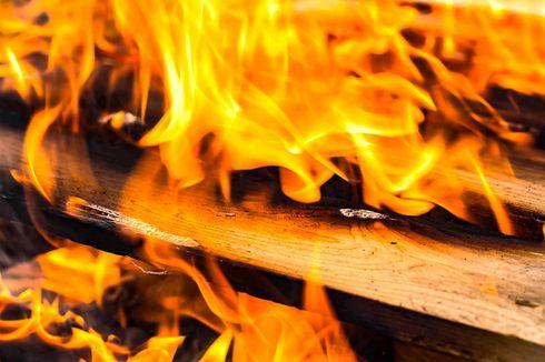50 Rumah Hangus Terbakar di Pademangan, Jumat Sore