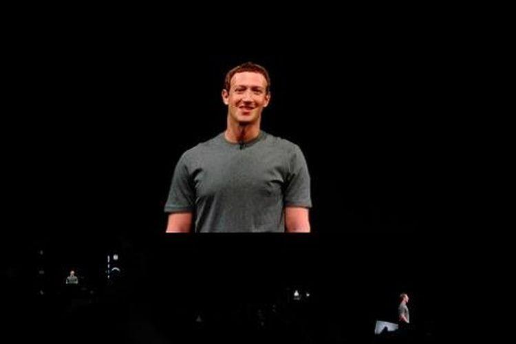 Pendiri dan CEO Facebook Mark Zuckerberg mendadak muncul di acara peluncuran Samsung Galaxy Unpacked di Barcelona, Minggu (21/2/2016)
