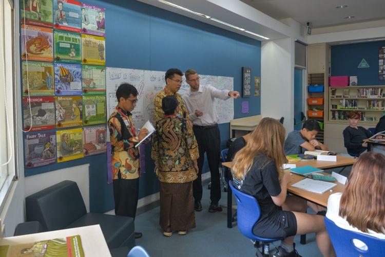 Jakarta Intercultural School (JIS) bekerja sama dengan Badan Pengembangan Sumber Daya Manusia (BPSDM) Provinsi DKI  Jakarta menyelenggarakan program Jakarta Principals Shadowing Program untuk peningkatan kompetensi manajerial kepala sekolah negeri melibatkan 22 pendidik pada 11-12 Desember 2019 di kampus Cilandak, JIS.