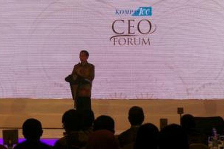 Presiden Joko Widodo saat berbicara dalam acara Kompas 100 CEO Forum di Jakarta, Jumat (7/11/2014).