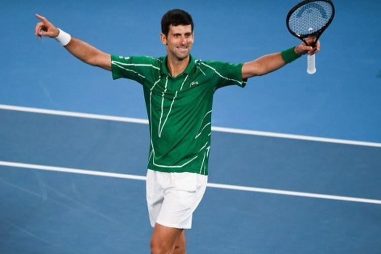 Petenis asal Serbia, Novak Djokovic berhasil meraih gelar juara Australian Open 2020 setelah menundukkan Dominic Thiem pada pertandingan final yang digelar di Rod Laver Arena, Melbourne, Minggu (2/2/2020).