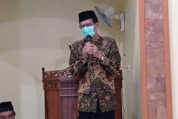 Bupati Magetan Suprawoto akan mengambil tindakan tegas ASN yang nekat melanggar aturan laranagn mudik. Bagi ASN yang ketahuan mudik dipeslahkan membuat surat pernyataan mengundurkan diri.