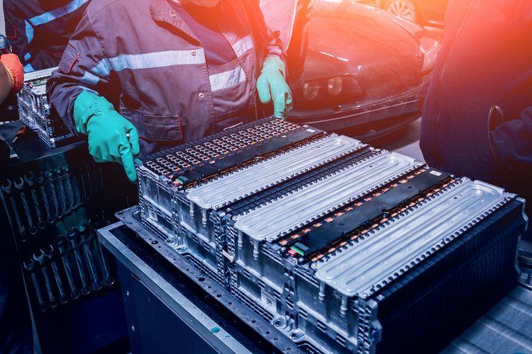 Ilustrasi baterai untuk mobil elektrifikasi