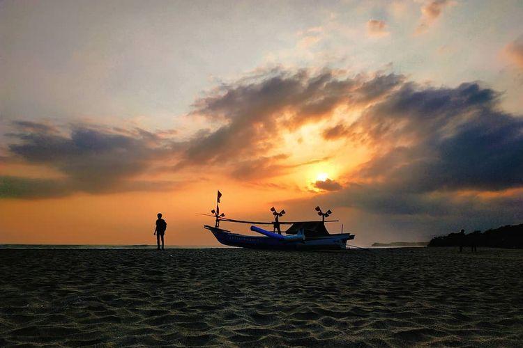 Pantai Manalusu Garut
