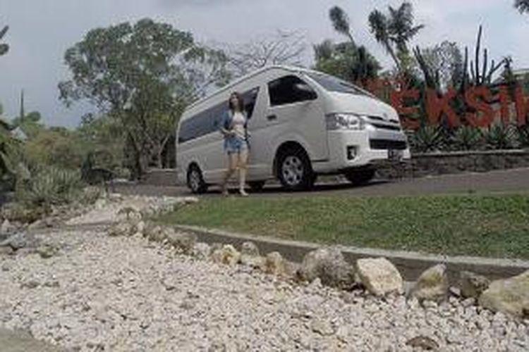 Toyota Hiace bidik pengusaha di bidang travel dab rental