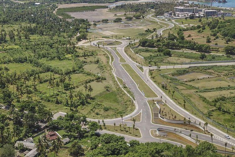 Pembangunan sirkuit terbuka dengan konsep jalan raya atau street racing circuit ini dikerjakan oleh Vinci Construction Grand Project (VCGP) Perancis, selaku investor yang telah melakukan kajian pembangunan sirkuit.
