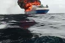 Detik-detik 34 Penumpang Loncat ke Laut Saat Kapal Terbakar di Perairan Bombana