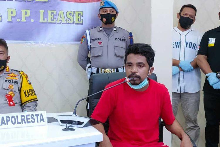 Muhamad Syahrul Wadjo mahasiswa Universitas Pattimura yang dinyatakan diculik sekelompok ornag tak dikenal saat memberikan keterangan kepada waratwan di Kantor Polresta Pulau Ambon, Jumat (4/9/2020)