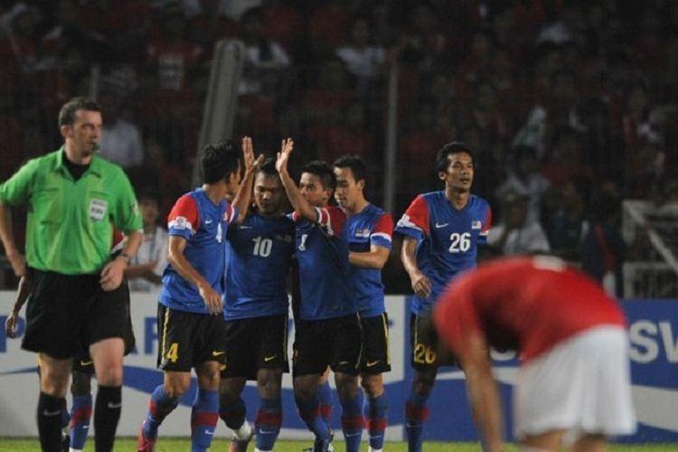 Final Piala AFF 2010 mempertemukan Malaysia vs Indonesia. Laga kedua berlangsung di Stadion Utama Gelora Bung Karno, 29 Desember 2010.