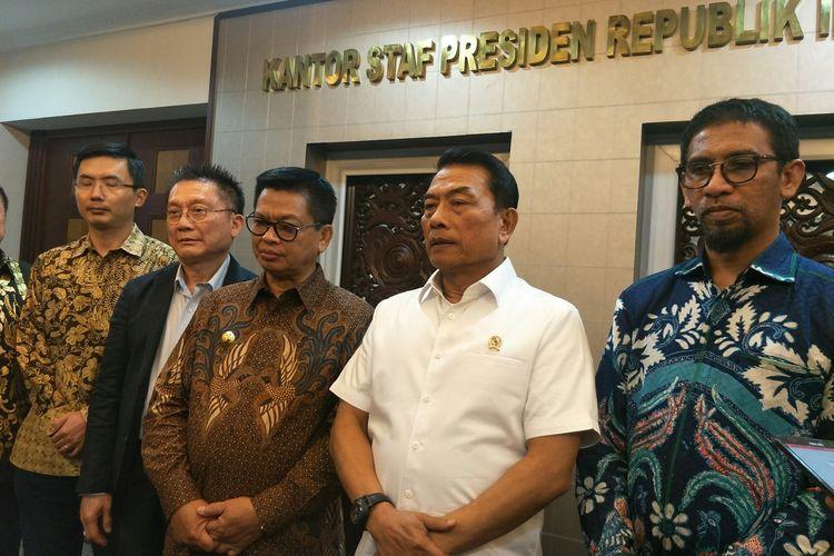 Kepala KSP Moeldoko usai menyaksikan penandatanganan kerja sama pembangunan kawasan industri terintegrasi di sekitar PLTA Sungai Kayan