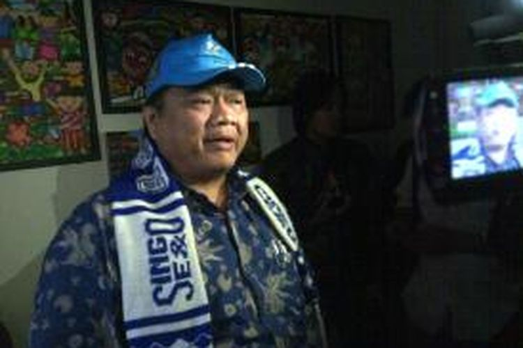 Ridwan Hisjam, Wakil Ketua Komisi X DPR RI, saat jumpa pers, di Kota Malang, soal kisruh PSSI dan Menpora. Minggu (19/4/2015).