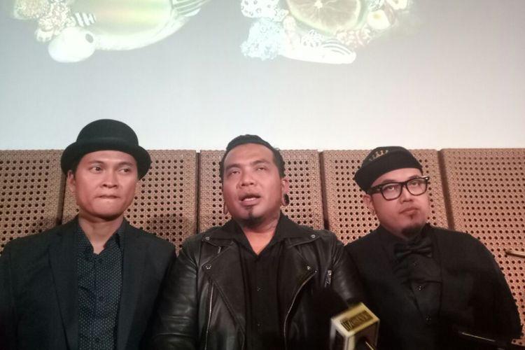 Endank Soekamti saat diwawancarai pada peluncuran album Salam Indonesia di Galeri Indonesia Kaya, Grand Indonesia, Jakarta Pusat, Kamis (9/11/2017).