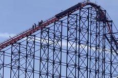 Roller Coaster Tertinggi Inggris Mati Mendadak di Puncak, Pengunjung Turun Manual dari Ketinggian 65 Meter