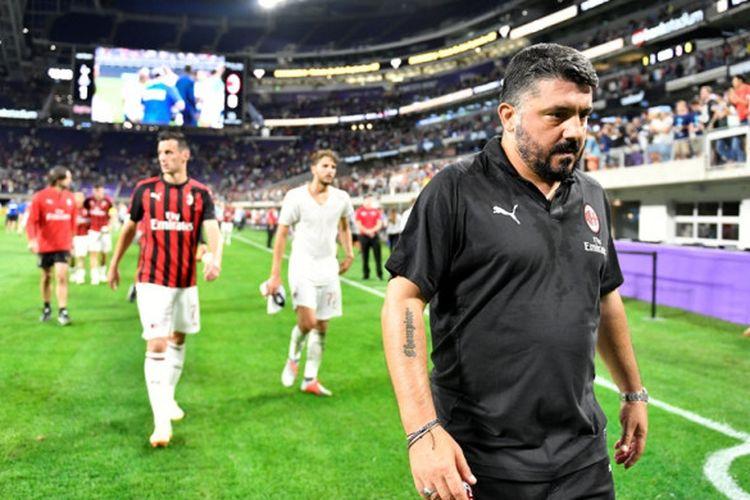 Pelatih AC Milan, Gennaro Gattuso, meninggalkan lapangan setelah laga International Champions Cup kontra Tottenham Hotspur di US Bank Stadium, Minneapolis, Minnesota, Amerika Serikat pada 31 Juli 2018.