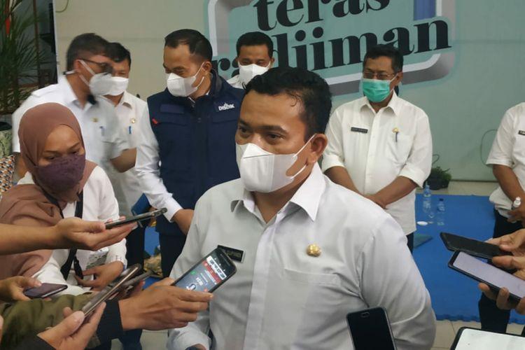 Kepala Dinas Pendidikan Jabar Dedi Supandi saat diwawancarai di Kantor Disdik Jabar, Kota Bandung, Rabu (10/2/2021).